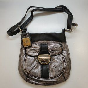 B. Makowsky Silver Leather Handbag